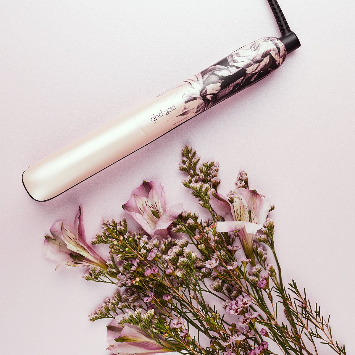 ghd Gold Ink On Pink Styler